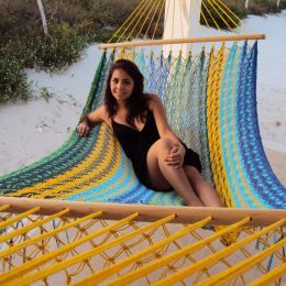 Sunnydaze American Style Mayan Hammock with Spreader Bar