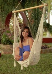 Sunnydaze Large Mayan Chair Hammock With Wood Bar
